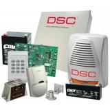 Kit DSC KIT 1404-EXT - centrala PC1404 (tastatura inclusa) - transformator TC20/16 -un acumulator PL-5AH si unul PL-2,3AH -un detector LC100PCI -o sirena de exterior LADY-PI -un contact magnetic aparent