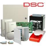 Kit DSC KIT 1616-INT 1 x centrala PC1616 (tastatura inclusa), 1 x transformator TC45/16, 1 x acumulator PL-5AH, 2 x detectori LC100PCI cu suporti originali LC-MBS, 1 x sirena de interior cu flash LD95, 1 x contact magnetic aparent MC-06W