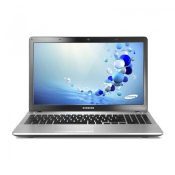"Laptop Samsung NP300E5V-S02RO Intel Pentium Dual Core 997 1.6GHz 4GB DDR3 HDD 500GB AMD Radeon HD 8750M 1GB 15.6"" HD"