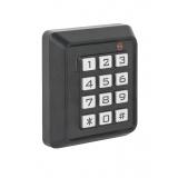 Controller de acces standalone cu tastatura si cititor de carduri EM 125KHZ